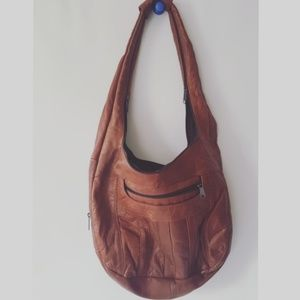 brown leather vintage boho tote lots of pockets